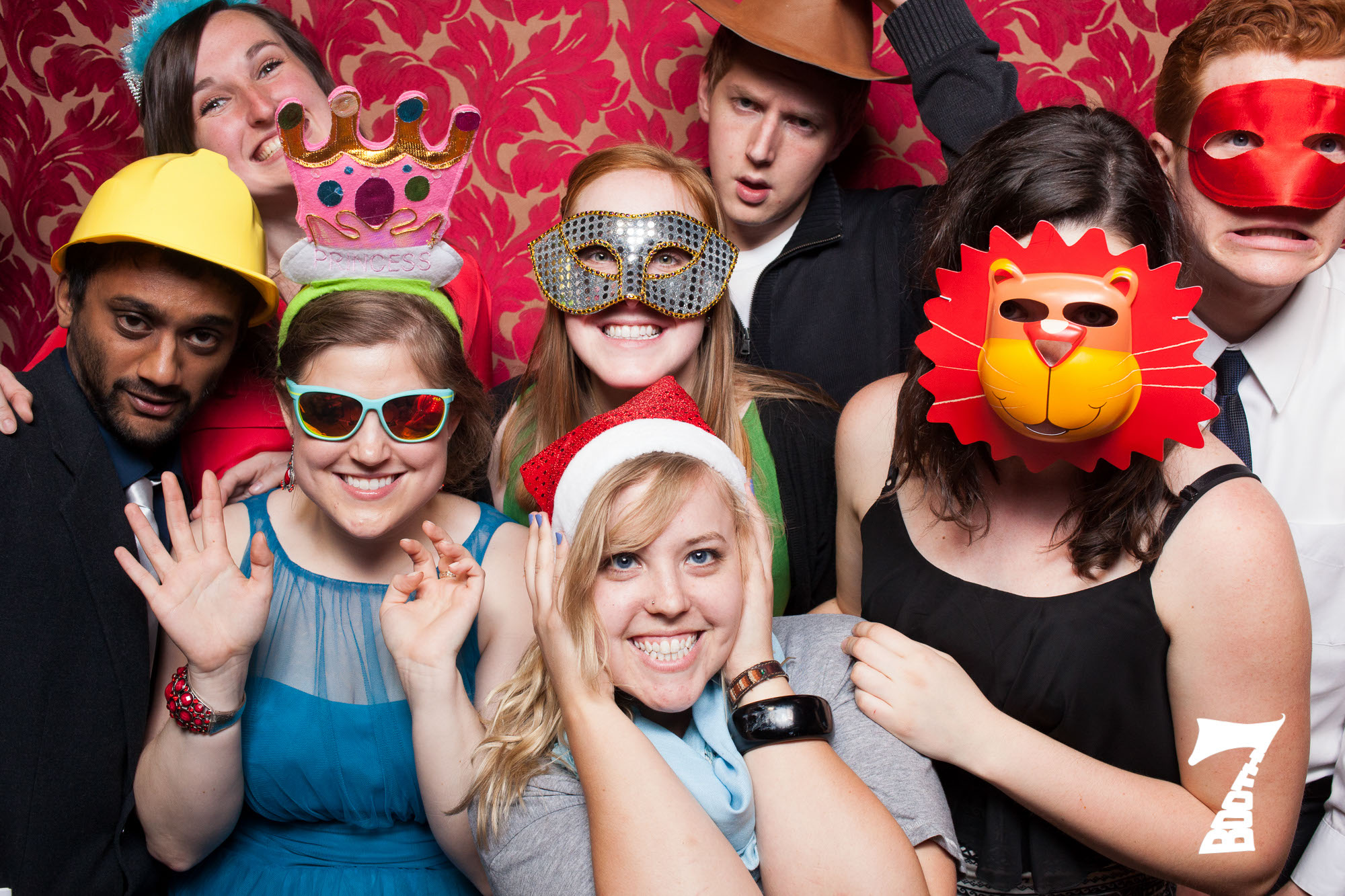 8-person-photo-booth