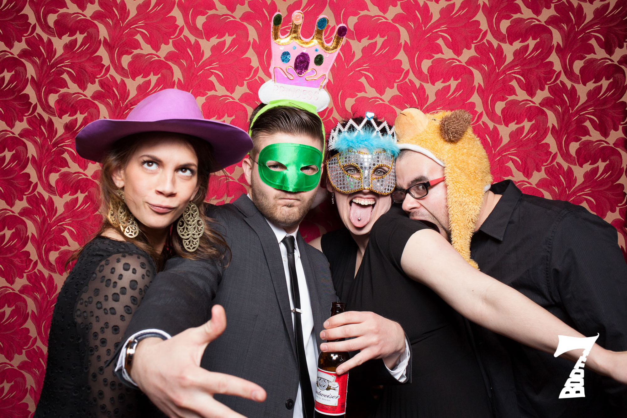 beer-friendly-photo-booth
