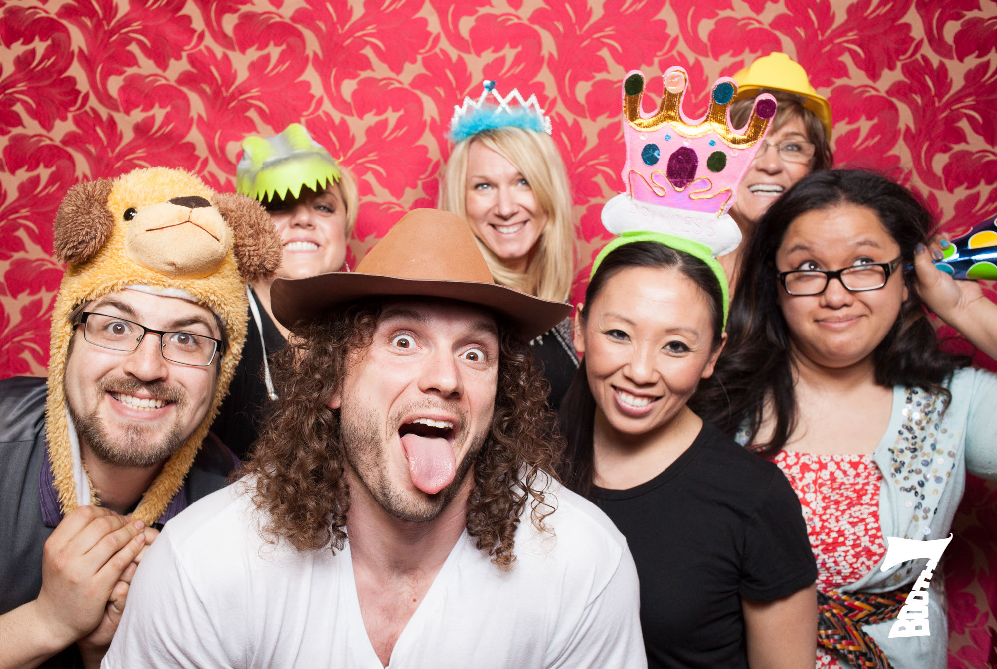 Photo booth for large groups